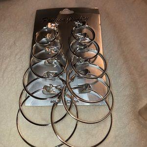 Jewelry - Hoop Earring Set
